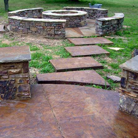 LL-Construction-Stained-Conctrete-and-firepit